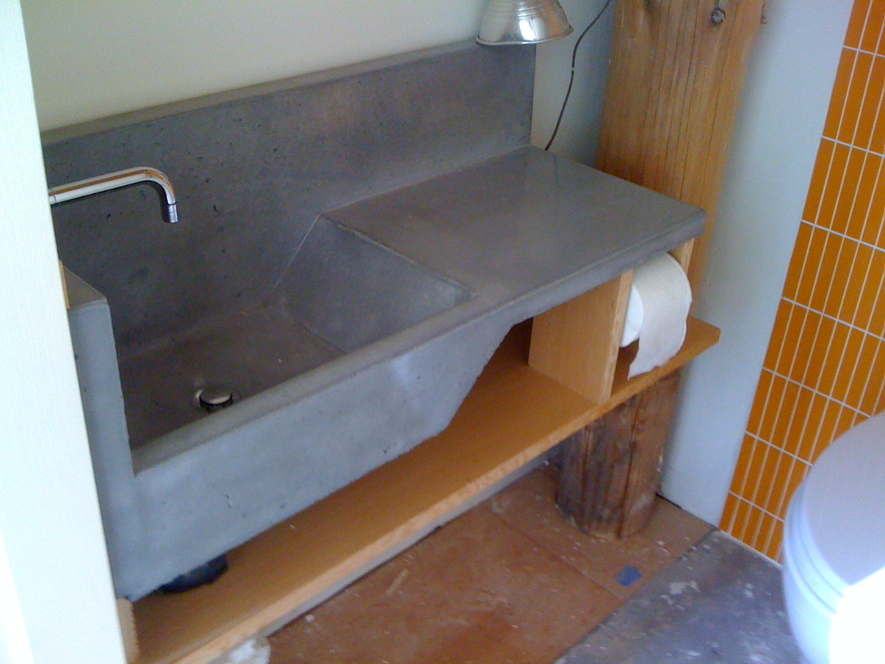 First Concrete Vanity Sink Installed! – collaboration & fabrication