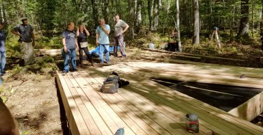 6 DECKING LAYOUT